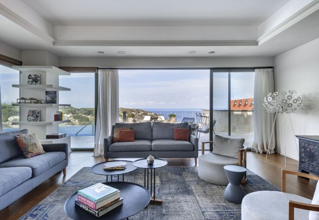 Villa/Dettached house in Esentepe - Villa Adam Luxury Beach Front Villa